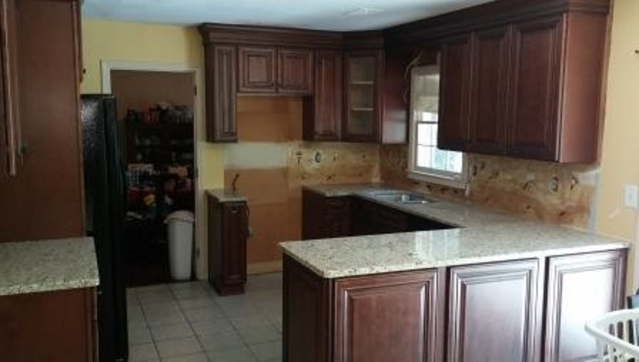 Small Kitchen Remodel Done For Less – The Cabinet Guy Store